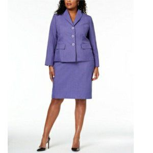 Le Suit Plus Petal Lapel Purple Skirt Suit 18W